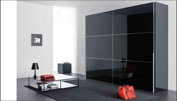 335337148681 Οι συρόμενες ντουλάπες με πλαίσιο από αλουμίνιο και γυαλί είναι μία  μοντέρνα επιλογή που μπορεί να αναβαθμίσει πολύ τον χώρο σας.