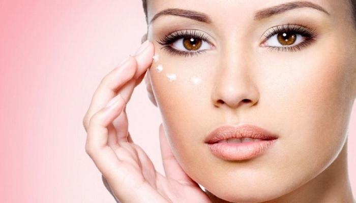 Κρέμες ματιών και serum προσώπου για ενυδάτωση και αντιγήρανση.