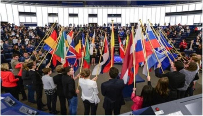 Το Γενικό Λύκειο Μήλου συγχαίρει τους επιτυχόντες μαθητές του στον διαγωνισμό EUROSCOLA.