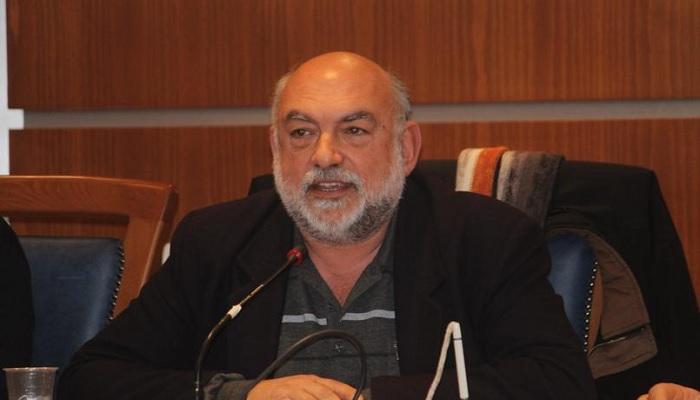 Νίκος Συρμαλένιος: Ενημέρωση γύρω από ζωτικά προβλήματα της Μήλου.